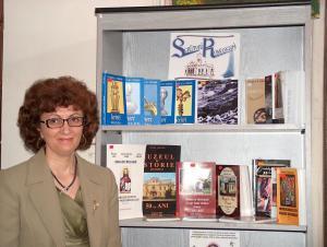 editor Emilia Ţuţuianu